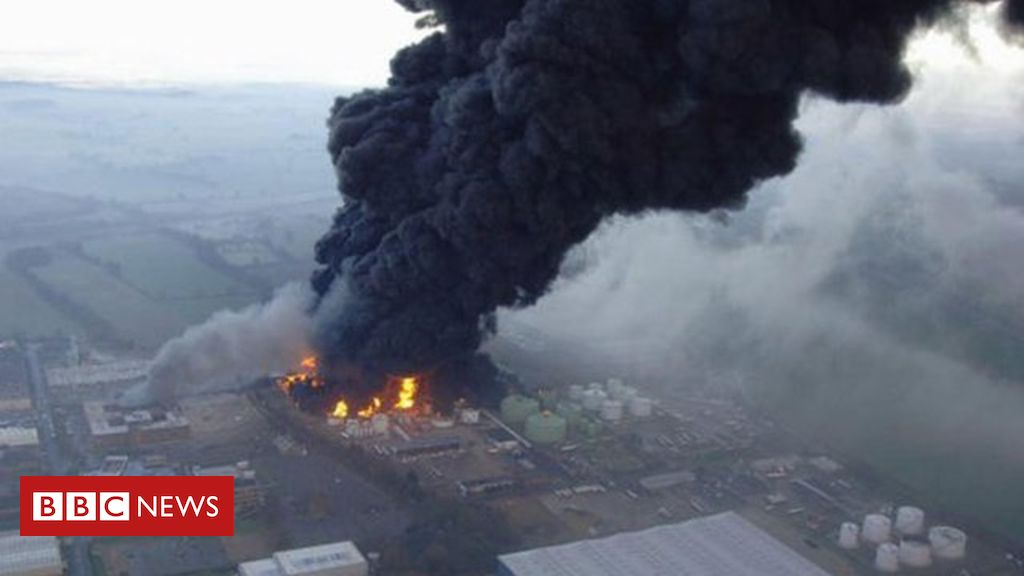 Buncefield Explosion 11 December 2005 - the largest UK explosion since WW2